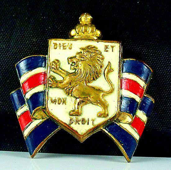 Accessocraft War Relief Pin